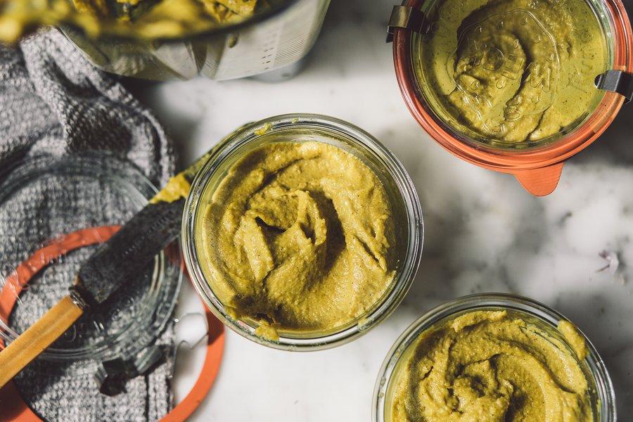 Turmeric split pea hummus
